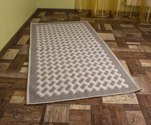 Фото ковровой дорожки серый цвет