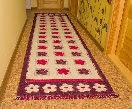 Фото ковровая дорожка фиолетовая