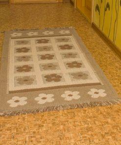 Фото напольный коврик с цветами
