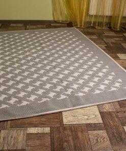 Фото серая ковровая дорожка