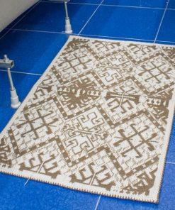 Фото коврика с узорами пестрый коричневого цвета в ванну 50*80