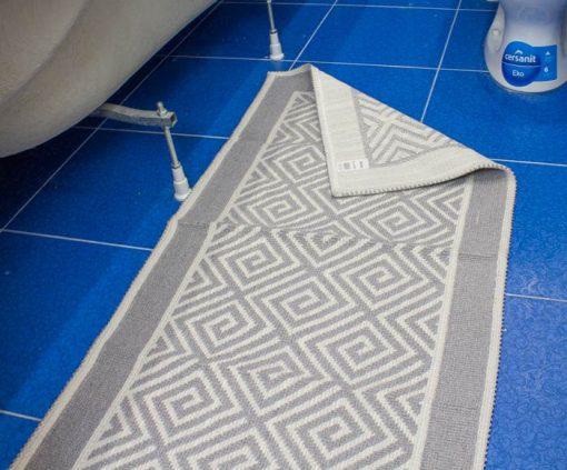 Фото коврик с узорами серый 50*100